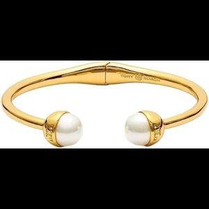 Tory Burch pearl bracelet NWT